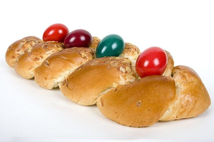 Τσουρέκι Πασχαλινό παραδοσιακό - gourmed.gr