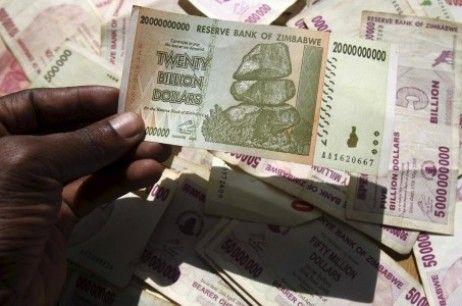 1.000 Triliun Dollar Zimbabwe Sama dengan 5 USD, Dollar Zimbabwe Mati!