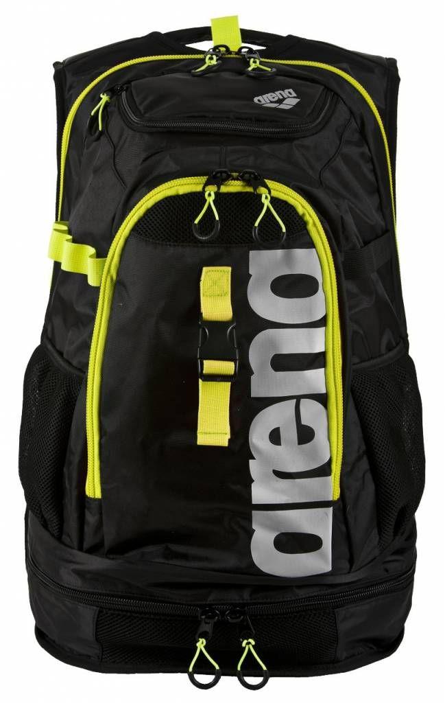 Opvolger van de populaire Fastpack 2.0. Speciaal ontworden voor triathlon. maar geschikt voor veel doeleinden. De ritsen van de nieuwe lijn zijn verstevigd. Robuuste. ventilerende tas met genoeg ruimte voor een plank.De extra verstevigde achterkantbiedtoo