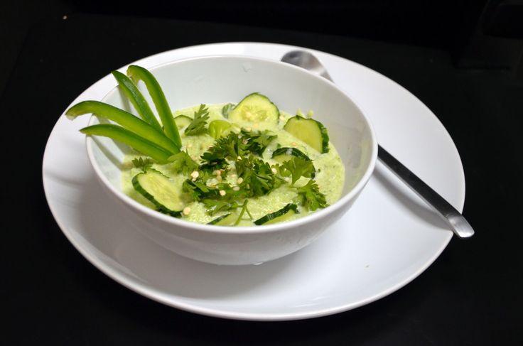 Сыроедческий постный суп из сельдерея