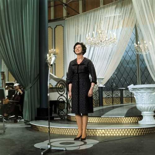 Eurovision Song Contest 1962: Eleonore Schwarz, Austria (rehearsal)