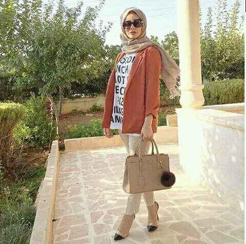Smart casual hijab outfits http://www.justtrendygirls.com/smart-casual-hijab-outfits/