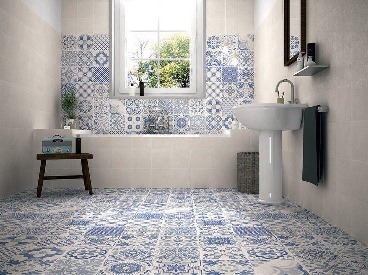 Bagno con piastrelle blu e bianco - modello Patchwork