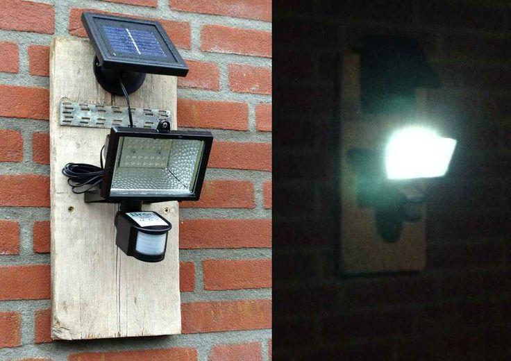 Makkelijk op te hangen zonder stopcontact in de buurt! Deze LED lamp met bewegingssensor is ideaal om mensen aan zien komen..