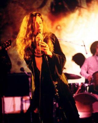 Janis Joplin, 1969, Photo: Francesco Scavullo. Veja também: http://semioticas1.blogspot.com.br/2013/05/uma-noite-com-janis.html