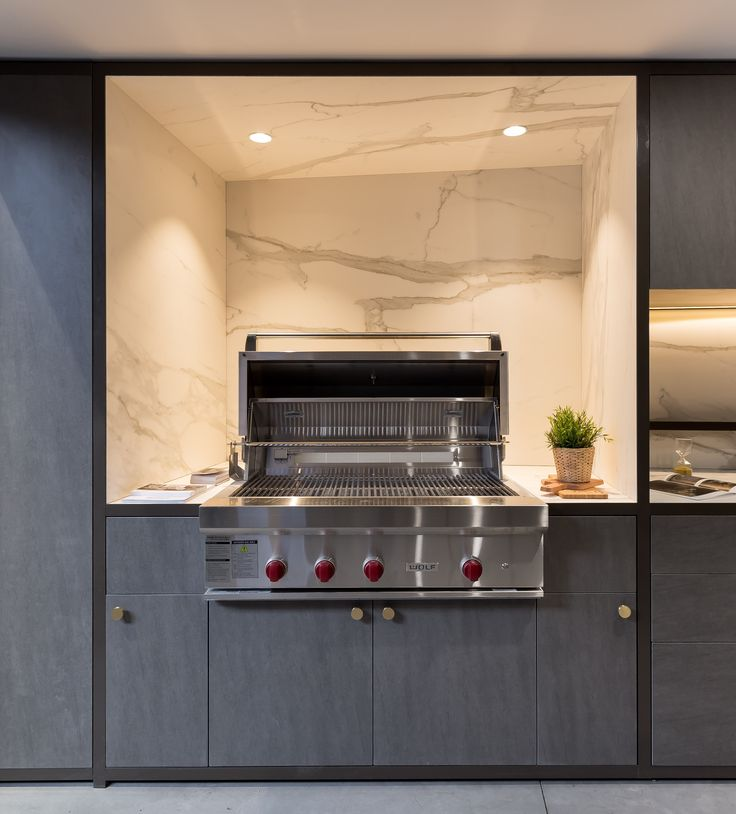 A dream BBQ zone. Neolith Basalt Grey clads the doors and drawers. Neolith Estatuario is on the BBQ splashback and surrounds. And don't forget the awesome BBQ from @subzerowolfaust . And it can all be seen at our Sydney showroom in Alexandria.  #cdkstone #showroom #sydney #alexandria #neolith #neolithestatuario #neolithbasaltgrey #sinteredcompactsurface #extraordinarysurface #scratchresistant #stainresistant #heatresistant #coldresistant #resistanttouvfading #nonporous #BBQ…