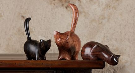 These beautiful hand carved wood cat sculptures from French sculptor Perry Lancaster would make the perfect wedding gift for cat lovers.