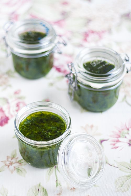 Wild Garlic in Olive Oil (Raw and Vegan)