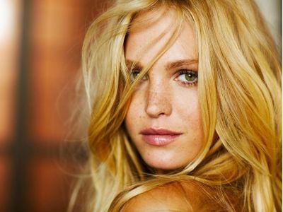 9 Makeup Tips for Blondes ...: Beautiful Women, Makeup Tips, Blondes Beautiful, Victoria Secret, Erin Heatherton, Heatherton Wallpapers, Beautiful People, Beautiful Blondes, Erinheatherton