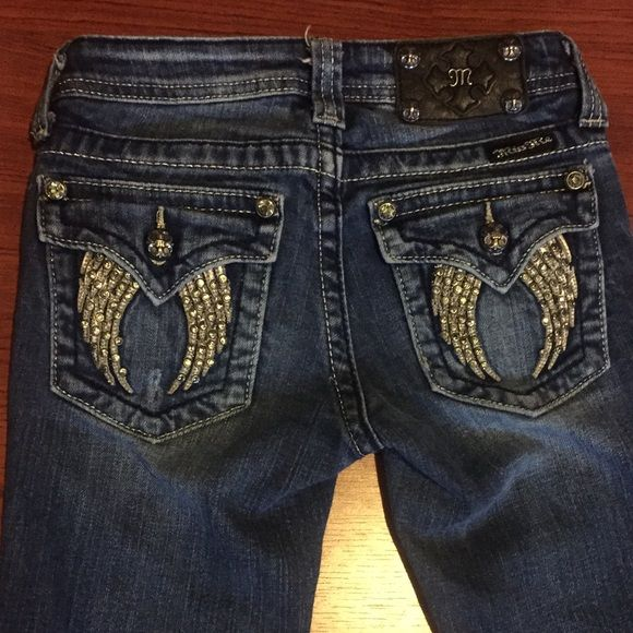 Girls Miss Me Jeans size 10 These cute girls miss me jeans have only been worn a few times! Classic miss me fit! Miss Me Jeans Boot Cut