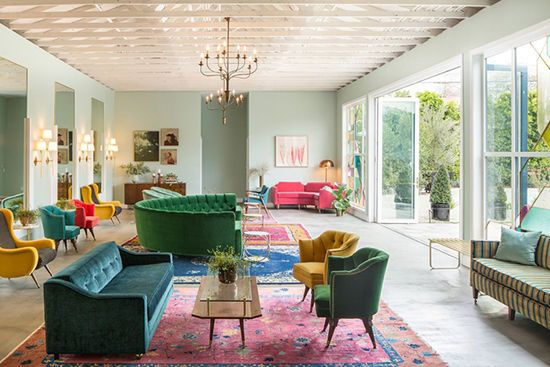 great view of an Chinese art deco rug and what you can do with the furniture colors. Wow!