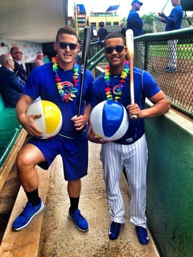 Cubs players Anthony Rizzo and Starlin Castro ham it up!