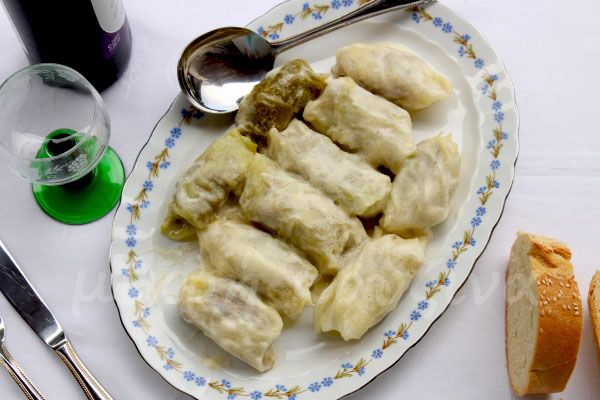 μικρή κουζίνα: Λαχανοντολμάδες αυγολέμονο