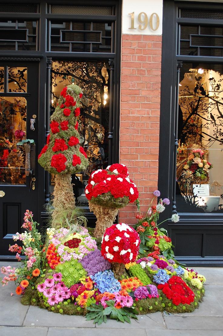 32 Flower Toe Nail Designs: 32 Best Floral Art/Flower Sculptures Images On Pinterest