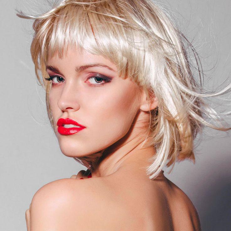 die besten 25 langer blonder bob ideen auf pinterest langer bob blond blonde haarschnitte. Black Bedroom Furniture Sets. Home Design Ideas