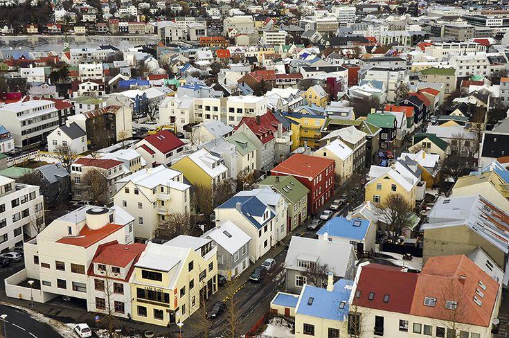 Uno de los barrios de Reikiavik con casas multicolores.