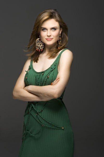 Эмили Дешанель
