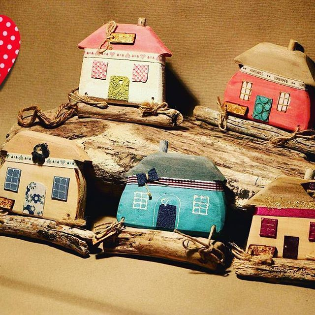 Happy village ❤! #happy #handmade #woods #wooden #woodwork#driftwoodart #driftwoodsign #leather #unique #personalized #gift#withlove