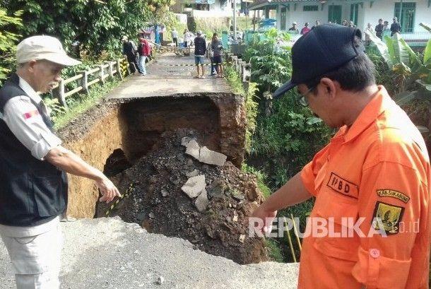 Follow @liputanbaru  Dua Posko Siaga Bencana Siap di Sukabumi Saat Libur Natal [ Baca selengkapnya di liputanbaru.com ]  #republika.co.id #love #instagood #photooftheday #beautiful | Baca selengkapnya di website: liputanbaru.com #TsunamiCup