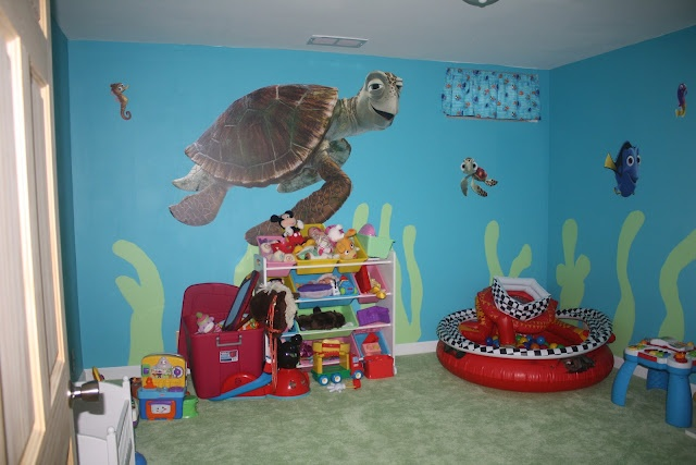 Create your own Disney playroom! This one is Finding Nemo. So easy!