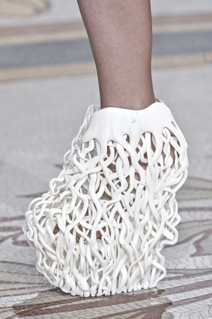 Iris Van Herpen FW HC 13 - imagine the mess if you walked through mud in these shoes! :)