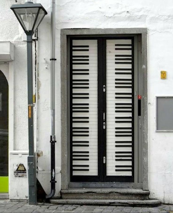 The Piano Door & 1347 best I love Piano images on Pinterest | Piano The piano and ...
