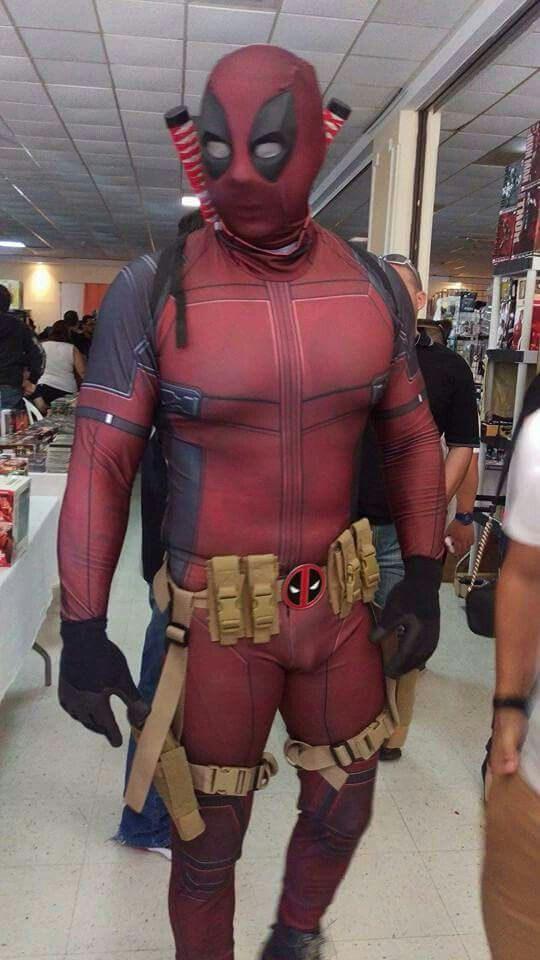 Mi Deadpool cosplay