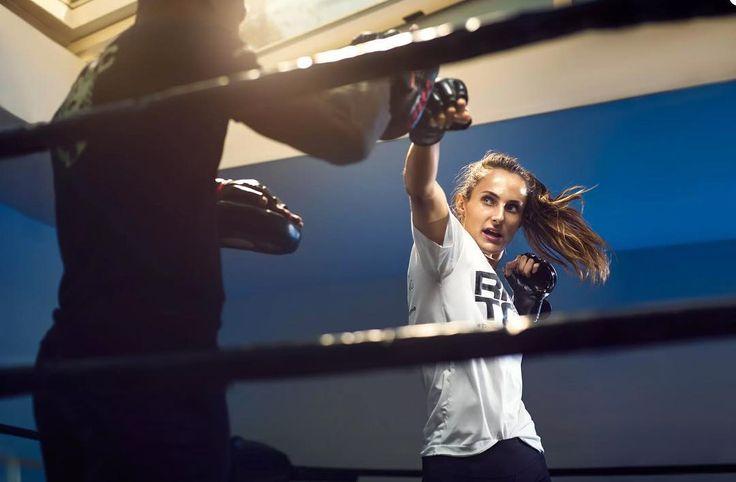 The last one of a great serie for Robby Nelson.  http://ift.tt/2rXAgar  @robbynelsontrainingclub_dt @babettegrunder #highintensityintervaltraining #highintensitytraining #Fitness #crossfit #training #Boxing #workout #gewoonkeihardzweten