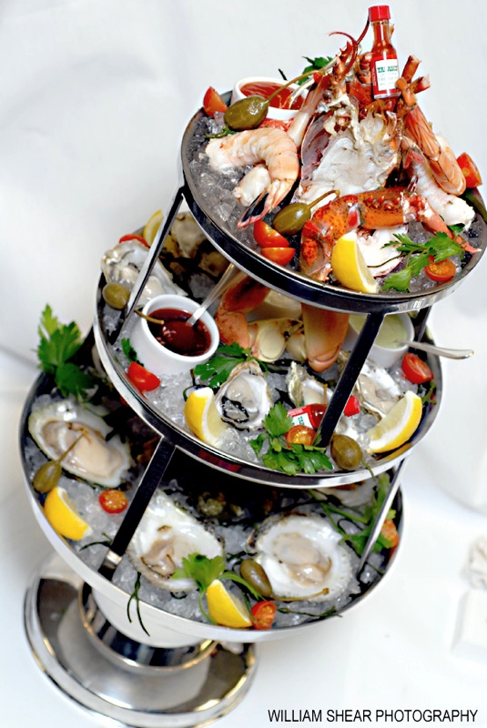 Exceptional Seafood Ideas For Dinner Party Part - 8: Seafood Tower..looks Delish!