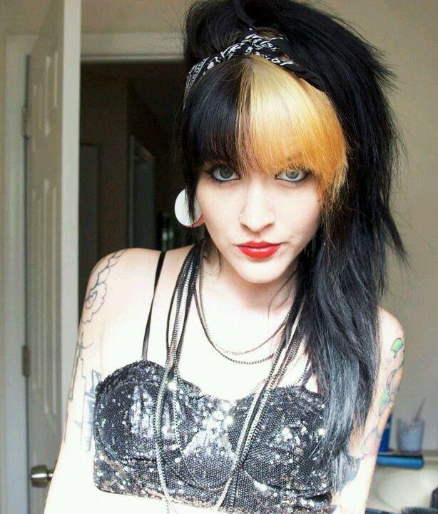 blonde-with-black-emo-hair-girls