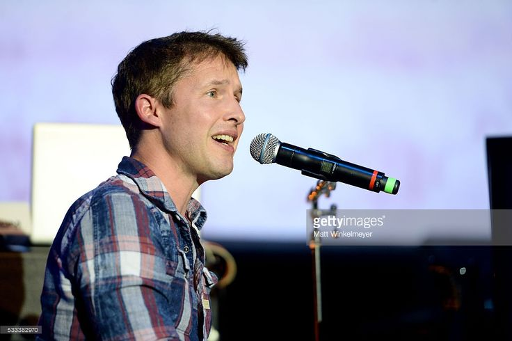 Singer-songwriter James Blunt performs onstage at An Evening with Women benefiting the Los Angeles LGBT Center at the Hollywood Palladium on May 21, 2016 in Los Angeles, California.