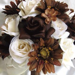 Flowers: Bridesmaid Flowers, Flowers Centerpieces, White Rose, Silk Flowers, Wedding Bouquets, Flowers Cream, Bridal Flowers, Brown, Flowers Ideas