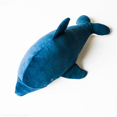 A sewing pattern, to make this cute stuffed dolphin. Dagmar loves to cuddle…