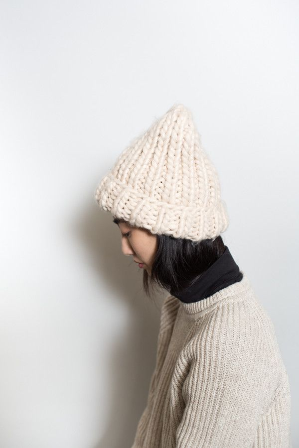 Chunky Knit Beanie / Beige – Parc: