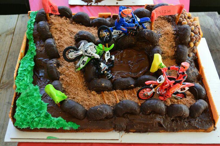 Dirt/mud party dirt bike cake