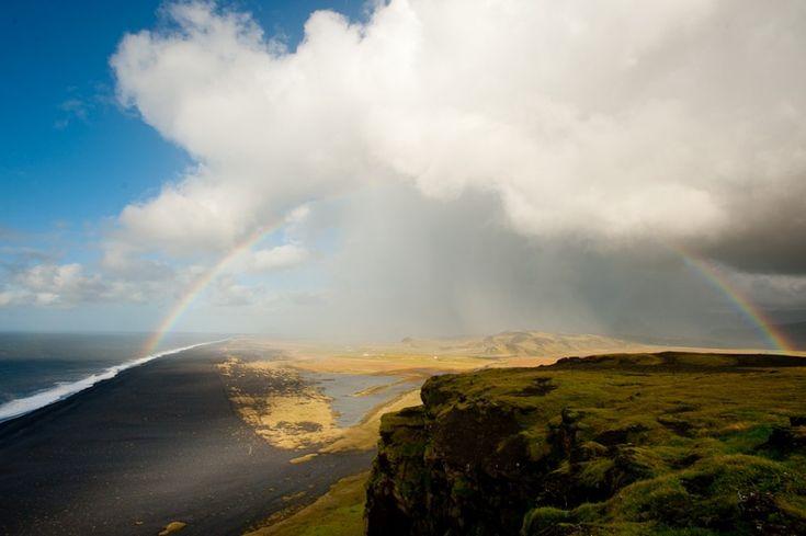 22 epic photos of Iceland's beaches