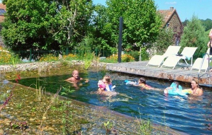 Location Chambre D Hotes A Cisternes La Foret Puy De Dome Pour 14 Personnes Location Chambre Exterieur Chambre D Hote