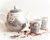 Tea Set - Teapot and teacups - Delicate Dream painted
