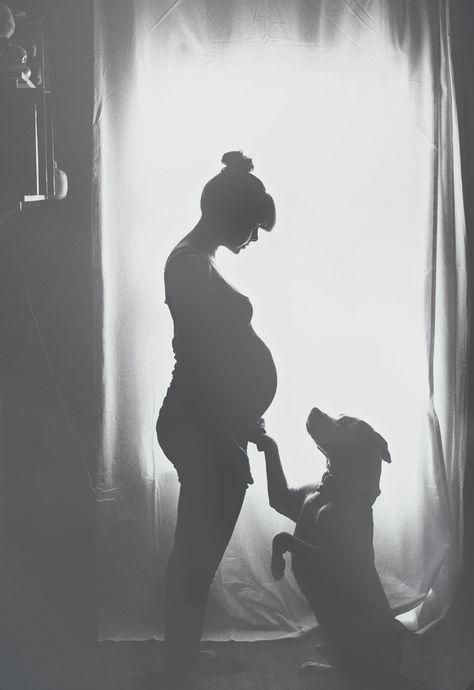 Babybauchfotos selber machen -schwangerschaftsfotos-ideen-tipps-schwarz-weiss-mi…