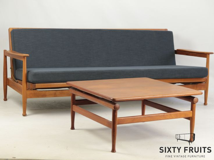 Guy Rogers Sofa Bed & table 0444 #Vintage #Retro #Vintagedressoir #Dressoir #SixtyFruits #60's #Sideboard #vintagefurniture