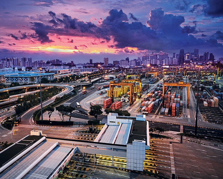 Spectacular Images of the Port of Singapore http://www.globallogisticsmedia.com/articles/view/spectacular-images-of-the-port-of-singapore