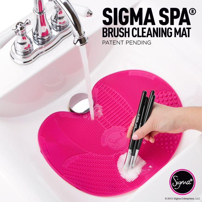 Makeup brush cleaning has never been so easy!