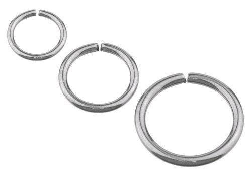 4,50 zł/szt., do ucha rozmiar 1 (6mm x 0,8mm - 4 szt.)  http://allegro.pl/kolo-kolko-stal-chirurgiczna-continuous-ring-i5632686019.html + jeśli te kolczyki nadają się do wargi, to rozmiary 3 i 7 po 1 sztuce (śr. koła 10 mm)
