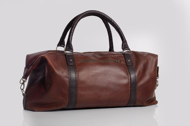 Leather travel bag By Bark and Mill