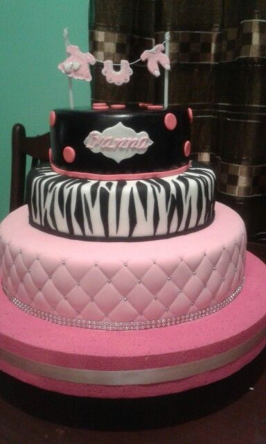Detalles torta Baby shower Animal Print