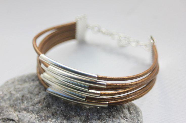 Bracelet manchette 6 cordons de cuir bronze et perles tube métal argenté : Bracelet par emmafashionstyle