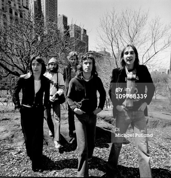 (left to right) Guitarist Steve Hackett, singer Phil Collins, drummer Bill Bruford, keyboard player Tony Banks and bassist Mike Rutherford in Central Park, New York City in April 1976. (Photo by Michael Putland/Getty Images)