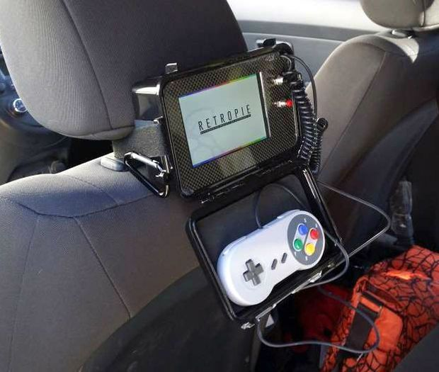 Picture of Raspberry Pi Emulator Console for the Backseat
