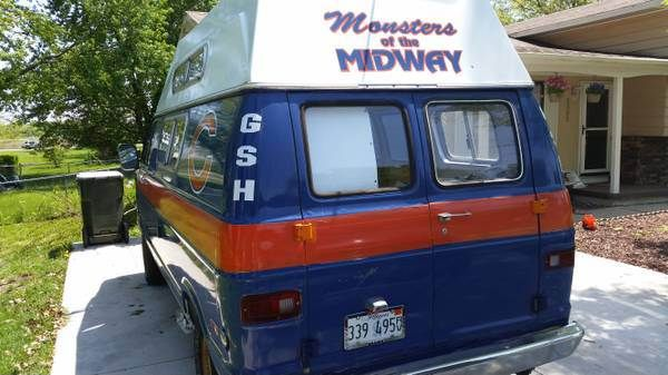 Bears party bus for sale - http://chicago.suntimes.com/bears-football/7/71/726933/bears-mobile-sale