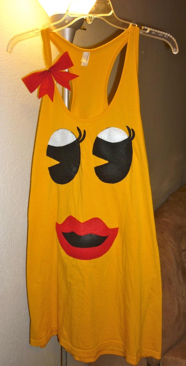 Halloween costume DIY: ms. pac man